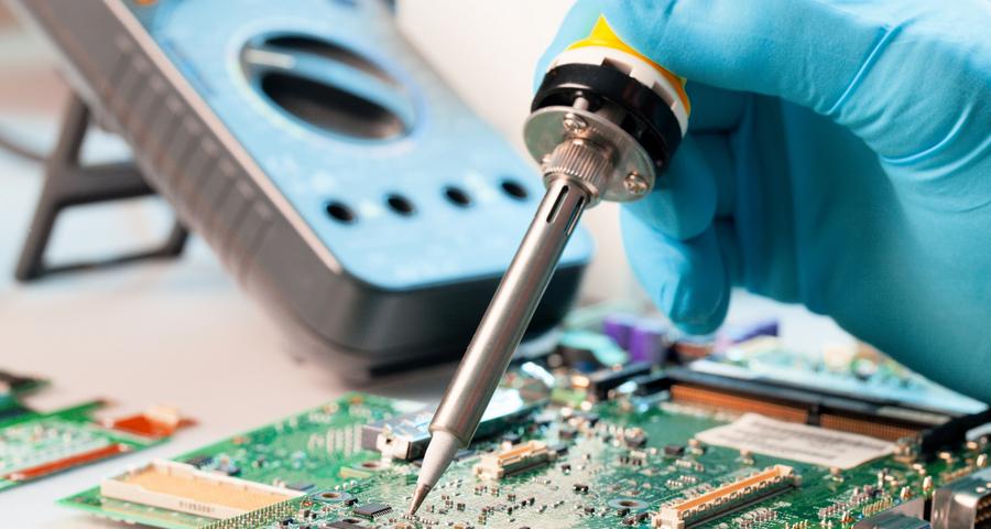 Reparatii placi electronice